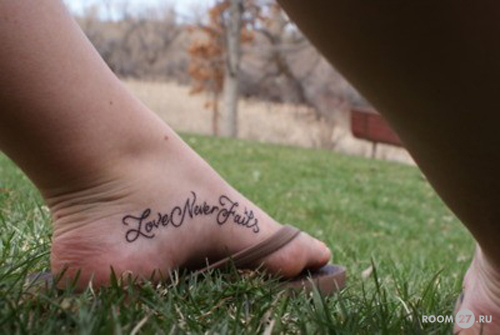 Для татуировки на женских ногах