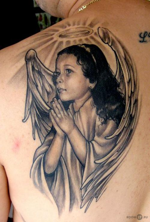 тату мужские ангелы плече