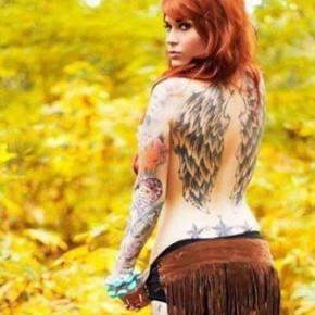 Татуировки для девушек с крыльями на спине