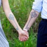 Парные татуировки на руках ключ