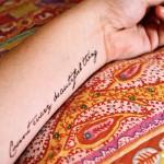 Татуировки на руках с надписями